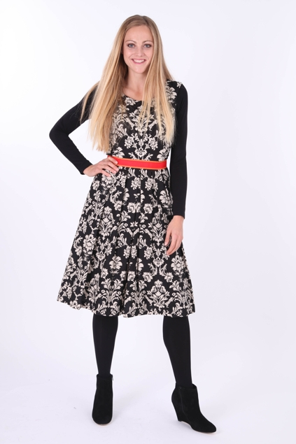 Hedy Designer Dress. The Hedy pattern comes in 2 lengths – a knee-length dress & mid-calf length dress with side splits. Fabric Suggestion & Description. Knit Jersey, Stretch Silk or any fabric with a stretch component and drape. Pattern Format. AUSTRALIA UK US FRANCE ITALY.