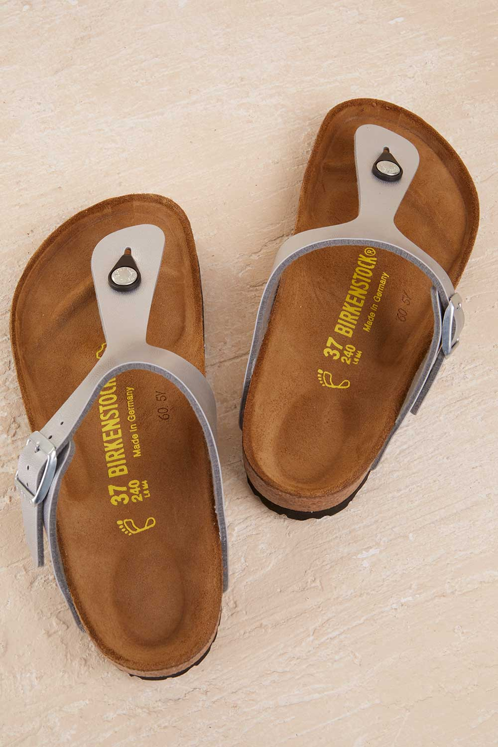 3a4a40960dd2 Birkenstock Gizeh Thong - Silver