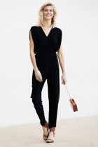 Solange jumpsuit  navy  smile small2