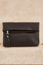 Sth lily  black small2