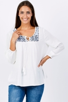 Liv 5483  white 003 small2