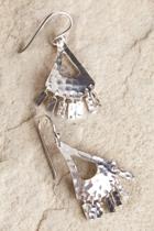 Nic 1590e  silver small2