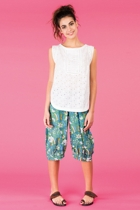Tipte top white jada shorts green1 small2