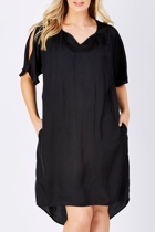Thre 19466  black 001 small2